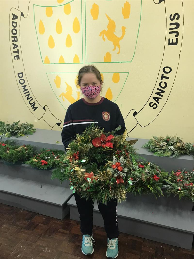 Caoimhe Campion and her hand-made Christmas Wreath.JPG